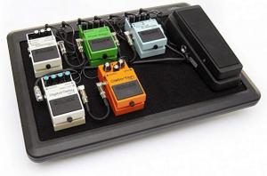 SKB 1SKB-PS-8EU - Tabla de pedal con 8 puertos