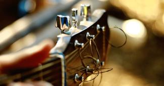 cada-cuanto-cambiar-cuerdas-guitarra