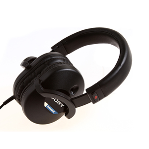 Sony-MDR-7520-Features